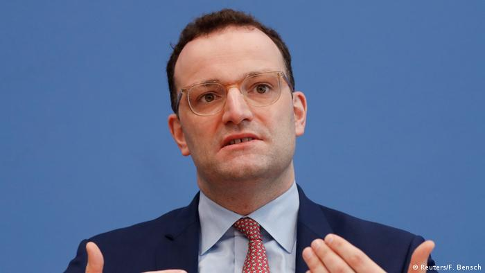 Spahn at a press conference