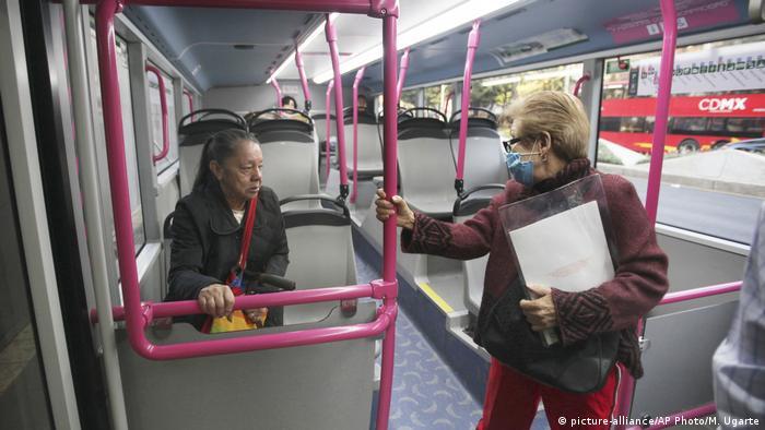 Autobus exclusivo para mujeres.