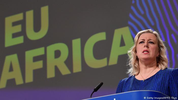 يوتا أوربيلاينن المفوضة الأوروبية للشراكات الدولية