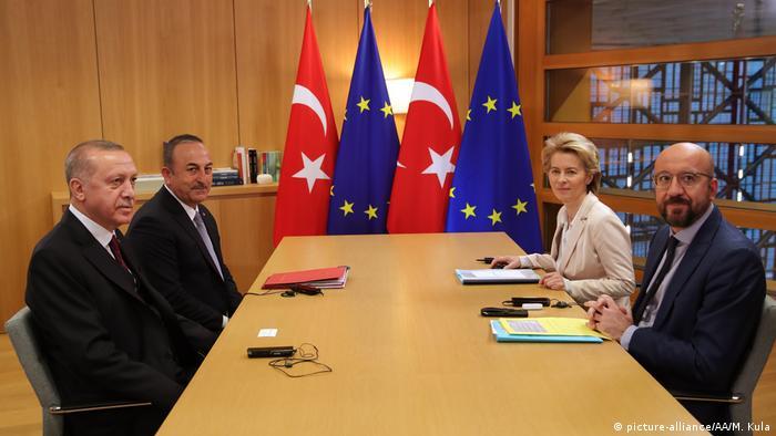 Çavuşoğlu dün Cumhurbaşkanı Erdoğan ile birlikte Brüksel'de AB Komisyonu Başkanı Ursula von der Leyen ve AB Konseyi Başkanı Charles Michel ile görüşmüştü