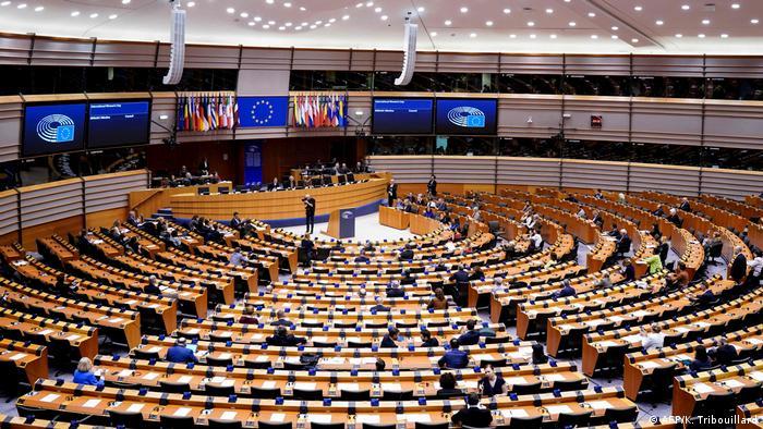 Зал заседаний Европарламента в Брюсселе (фото из архива)