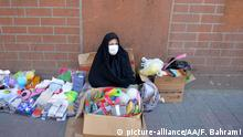 10.03.2020 TEHRAN, IRAN - MARCH 10: A woman wears a medical mask as a precaution against coronavirus in Tehran, Iran on March 10, 2020. The death toll from the coronavirus outbreak in Iran rose to 291, local media reported on Tuesday. Authorities said 54 people died in the last 24 hours, while 881 new cases were found, bringing the total number of confirmed cases to 8,042, the semi-official ISNA news agency quoted the Health Ministry spokesman Kianoush Jahanpour as saying. Fatemeh Bahrami / Anadolu Agency | Keine Weitergabe an Wiederverkäufer.