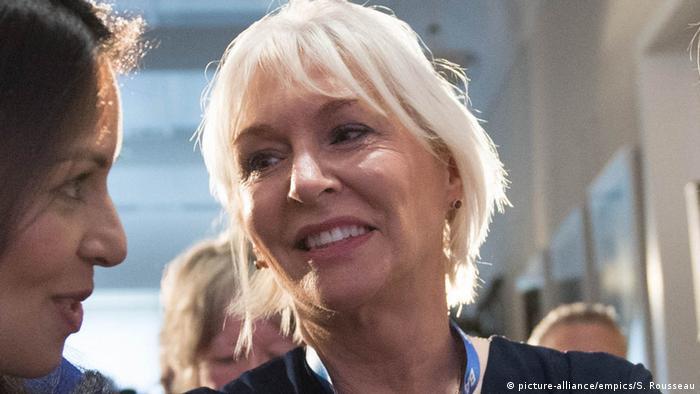 Coronavirus in Großbritannien Nadine Dorries Gesundheitsministerin (picture-alliance/empics/S. Rousseau)