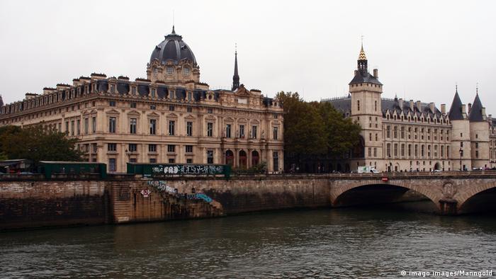 Frankreich   Gerichtsgebäude Handelsgericht