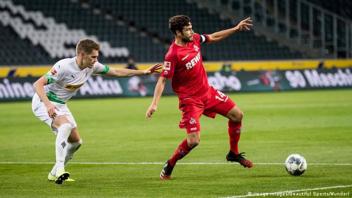 جدل بشأن عودة الدوري الألماني بعد توقف بسبب كورونا (أرشيف)