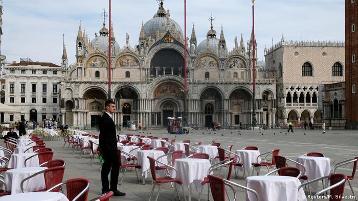 Italien | Coronavirus | Alle Geschäfte und Restaurants bleiben geschloßen (Reuters/M. Silvestri)
