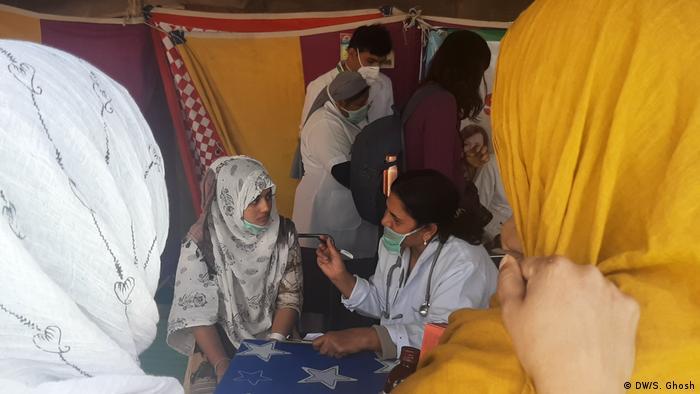 Indien Lager für Obdachlose (DW/S. Ghosh)