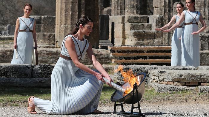 BdTD Griechenland Olympische Flamme für Tokio Griechenland Entzündung der olymischen Flamme für Tokio 2020 (Reuters/A. Konstantinidis)
