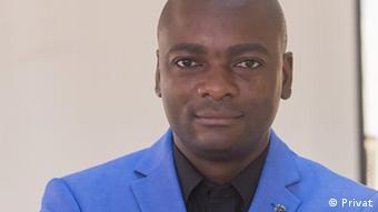 Angola Carlos Cambuta