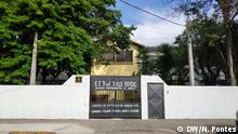 10.03, 2019 Brasilien Sao Paulo | Eingangstor der Raul Brasil Schule die geschlossen wird