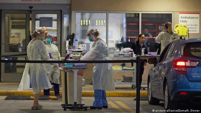 Coronavirus in USA Boston Krankenhaus (picture-alliance/Zuma/A. Dinner)