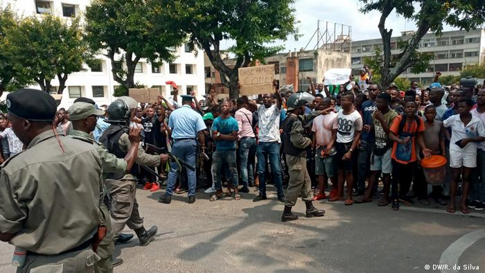 Mosambik | Informelle Verkäufer protestieren in Maputo