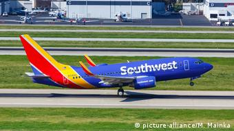 Southwest Airlines Boeing 737-700 Flugzeug - Flughafen San Jose (picture-alliance/M. Mainka)