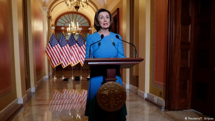Wahsington: Sprecherin des US-Repräsentantenhauses Nancy Pelosi zu Corona (Reuters/Y. Gripas)