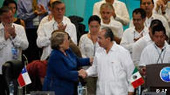 Mexico's President Felipe Calderon, third right, shakes hands with Chile's President Michelle Bachelet