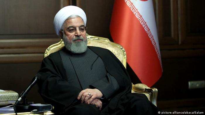 Iran Coronavirus - Präsident Hassan Rouhani (picture-alliance/abaca/Salam)