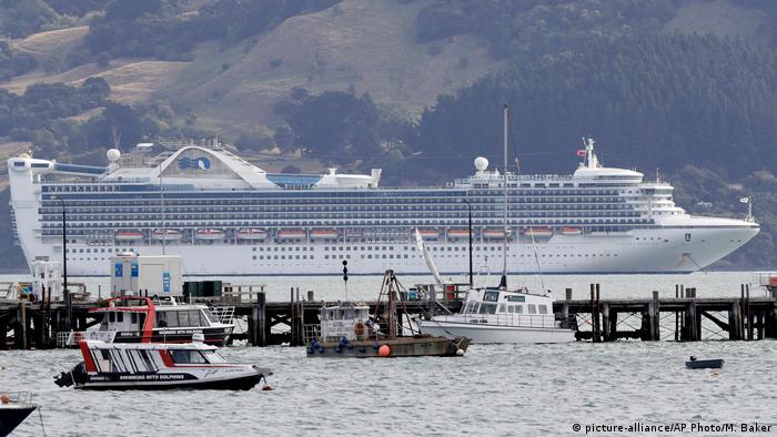 The Golden Princess cruise ship