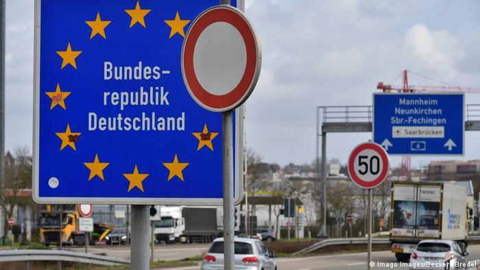 Grenzübergangsstelle Goldene Bremm Autobahn zwischen Frankreich und Deutschland