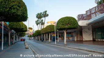 Пустая улица в городе Пальма-да-Майорка