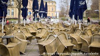 Из-за коронавируса кафе и рестораны в Германии закрыты
