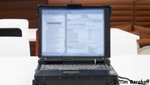 Klassifizierte Dokumente der Bundesswehr auf einem Laptop des LeFlaSys Ozelot system