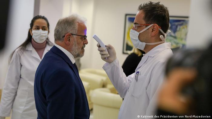 Nord-Mazedonien | Coronavirus | Pressebilder Kabinett des Präsidenten | Talat Xhaferi, Parlamentspräsident