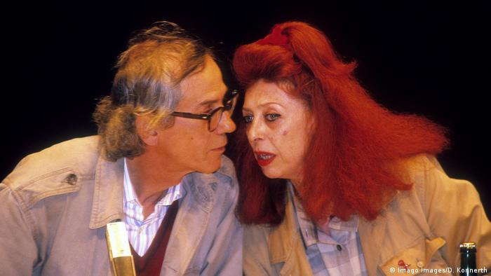 Christo and Jeanne-Claude at a press conference (Imago Images/D. Konnerth)