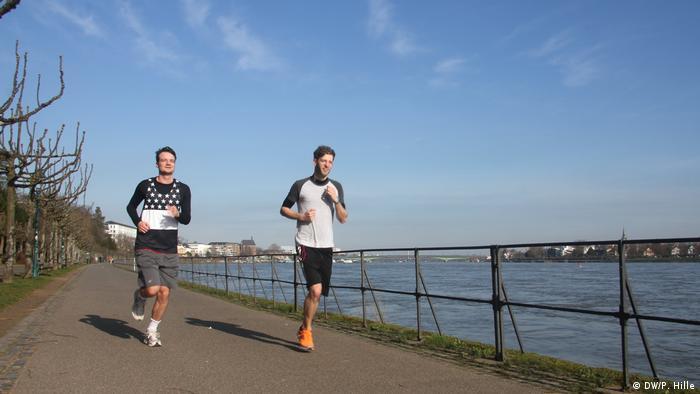 رياضة الجري على ضفاف نهر الراين تحسن اللياقة البدنية