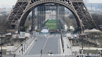 París luce desierta ante la crisis (17.03.2020)