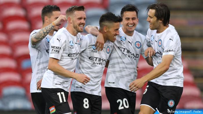 Melbourne City players celebrate (Getty Images/T. Feder)