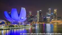 Marina Bay at night, Singapore, Southeast Asia, Asia | Verwendung weltweit, Keine Weitergabe an Wiederverkäufer.