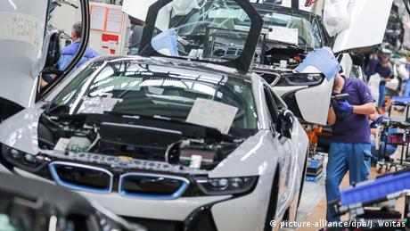 BMW-Werk Leipzig (picture-alliance/dpa/J. Woitas)