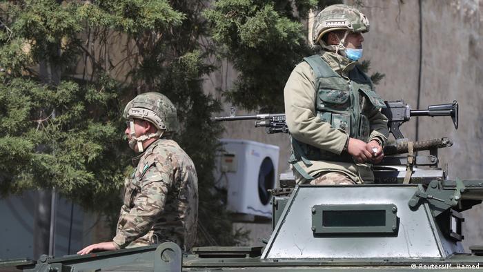 الجيش الأردني ينتشر لتطبيق حظر التجول العام في كل أنحاء المملكة