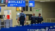 Deutschland Flughafen Frankfurt am Main | Coronavirus | Polizei