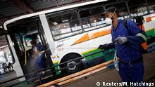 Südafrika Kapstadt | Coronavirus | Busbahnhof