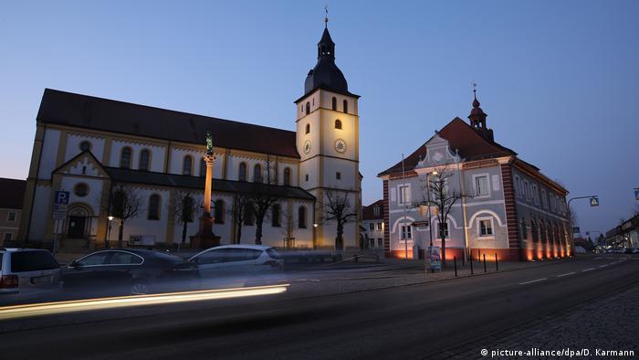 Deutschland Bayern, Mitterteich | Coronavirus | Ausgangssperre (picture-alliance/dpa/D. Karmann)