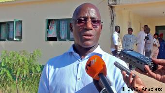 Mosambik Armindo Tiago, Gesundheitsminister