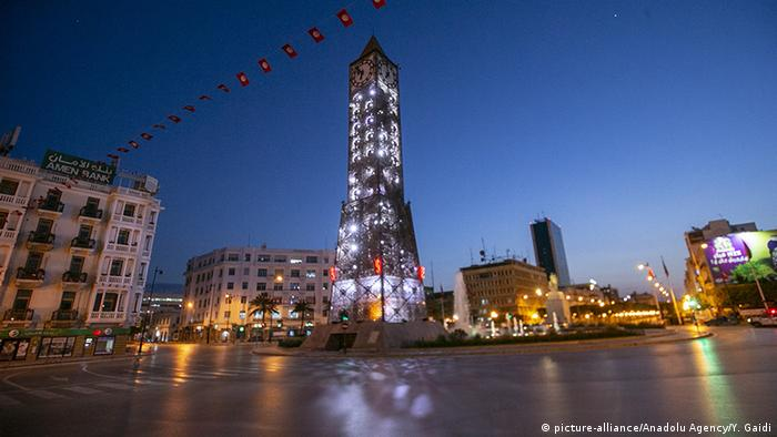 Tunesien Tunis | Coronavirus | leere Straße (picture-alliance/Anadolu Agency/Y. Gaidi)