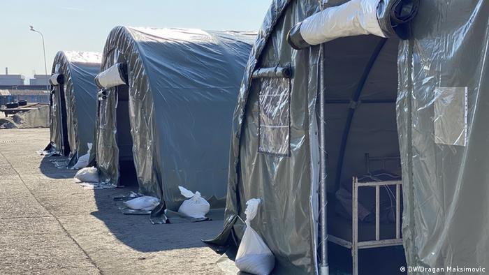 Šatori za karantenu na granici u BiH