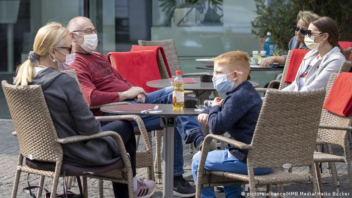 Coronavirus in Würzburg (picture-alliance/HMB Media/ Heiko Becker)