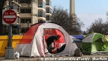 02.02.2020, USA, Washington: WASHINGTON D.C., UNITED STATES - FEBRUARY 2, 2020: Tents of homeless people seen in a street. Valery Sharifulin/TASS Foto: Valery Sharifulin/TASS/dpa  