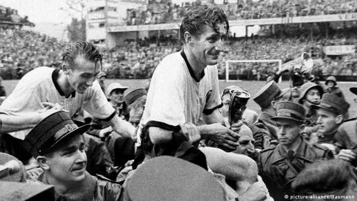 Fritz Walter celebrates the win