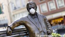 Bildergalerie: Denkmäler mit Corona-Maske