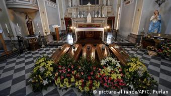 Italien - Bergamo - Coronavirus (picture-alliance/AP/C. Furlan)