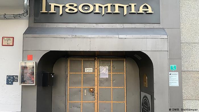 Перед свінгер-клубом Insomnia в Берліні порожньо зараз не лише вдень, але й уночі