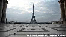 Frankreich Paris Trocadero Platz Eiffelturm leer Ausgangsbeschränkung