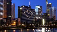 BdTD Coronavirus in Frankfurt ein Herz für Merkel