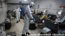 Coronavirus Syrien Idlib Krankenhaus Weiße Helme sprühen Desinfektionsmittel