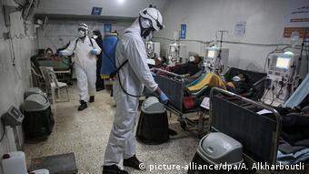 Απολύμανση σε νοσοκομείο στην επαρχία Ιντλίμπ