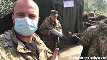 Soldaten im Osten der Ukraine bekommen medizinische Masken. Copyright: Ukrainische Stiftung Powernys schywym (Kehr lebend zurück